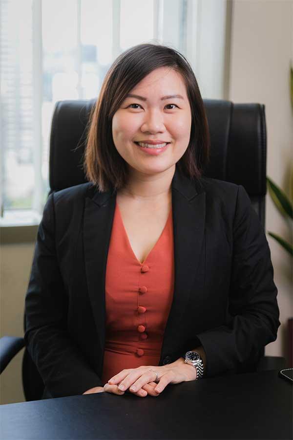 Jessica Chow Female Divorce Lawyer