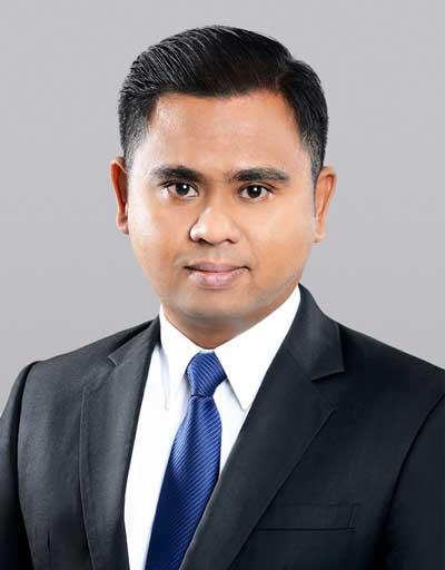 Muhammad Firdaus (Legal Manager)
